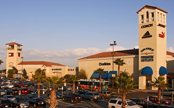 Sanibel Outlets, store listings, mall map, hours, directions, hotels, comment forum and more (Fort Myers, FL).