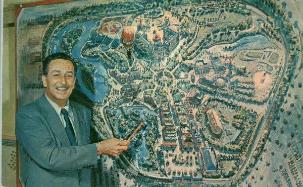 Walt Disney e o projeto da Disneyland. Foto: Disney Wikia